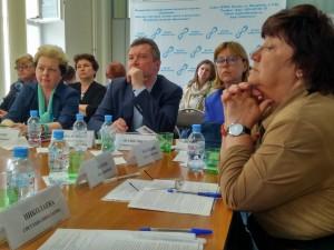 участники круглого стола по разработке профстандарта специалиста по присмотру и уходу за детьми дошкольного возраста
