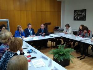Французским опытом с российскими экспертами поделился Кристиан Мутье, международный эксперт Национальной кассы семейных пособий.